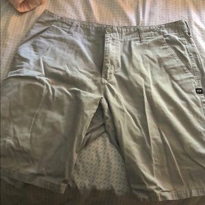 Mens Oakley Icon Chino Shorts Grey Size 36